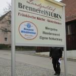 Schildanlage mit Lichtfluter Alu eloxiert Windsheimer