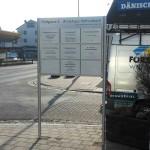 schildanlage mit praxisschilder röthenbacher ärztehaus